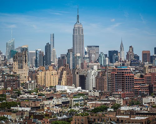 A picture of a city in the USA